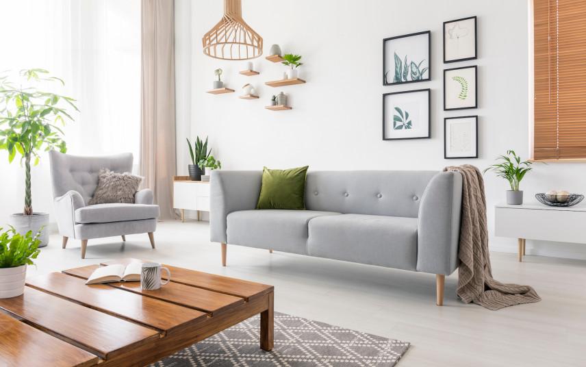 Stylowa sofa w salonie