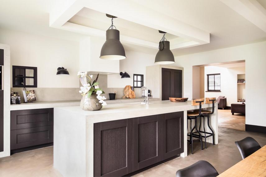 Lampy w stylu retro w kuchni