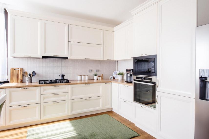 Zielony dywan w kuchni
