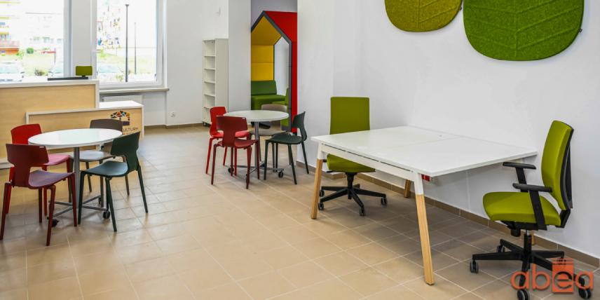 Kolorowy projekt biblioteki