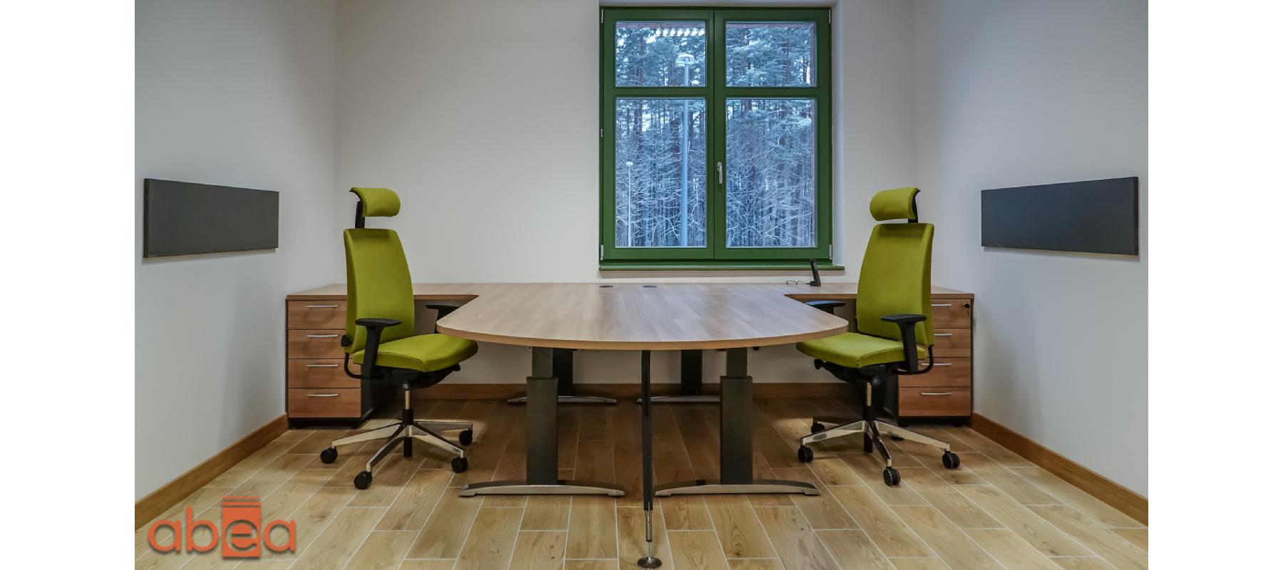 Projekt biura z miejscem do pracy