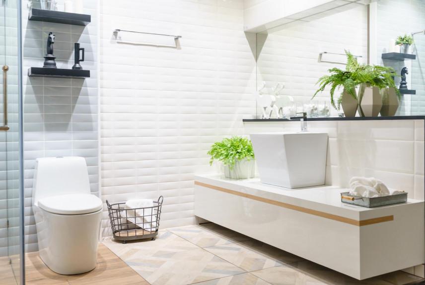 Aranżacja łazienki z podwieszaną szafką