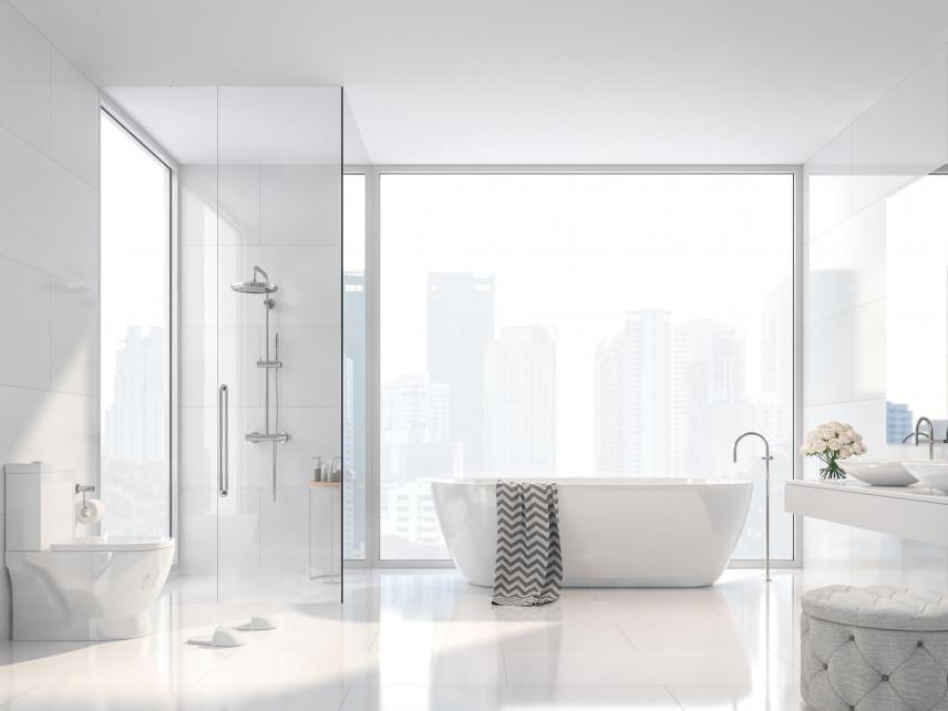 Aranżacja łazienki z oknem i wanną