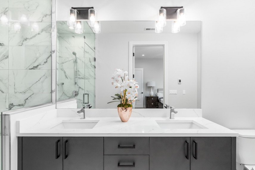 Projekt łazienki w bieli