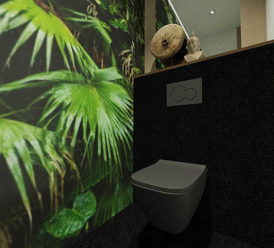 Projekt łazienki z tapetą na ścianie
