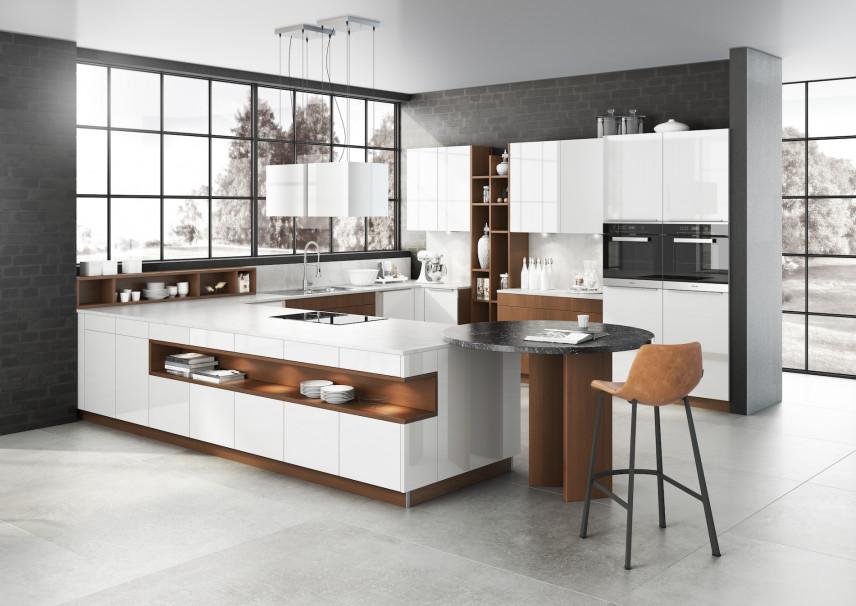 Loftowa kuchnia w kolorze białym