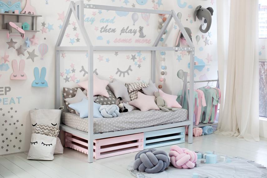 Przytulny pokój  dla dziecka w kolorach pastelowych