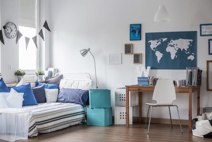 Pokój chłopca biało-błękitny
