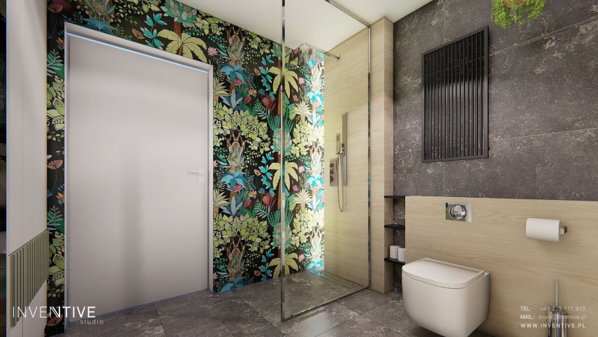 Projekt łazienki z kolorową ścianą