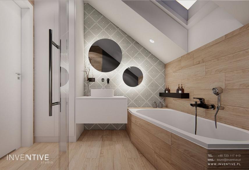 Łazienka z zabudowaną wanną