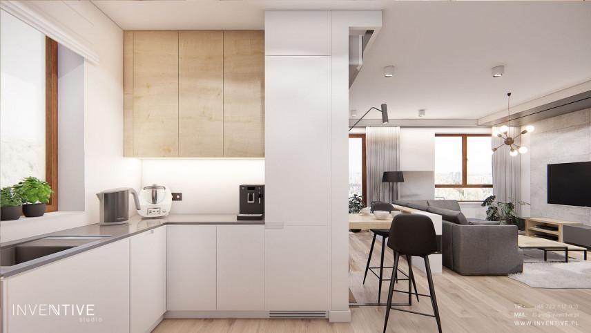 Kuchnia z biało-drewnianymi frontami
