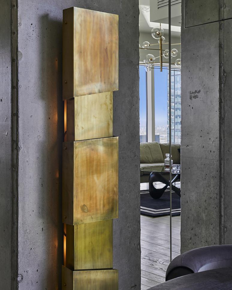 Apartamentowiec z betonem architektonicznym na ścianach