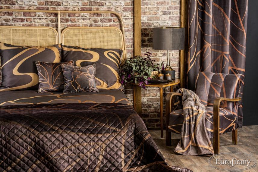Aranżacja sypialni ze stylową cegłą na ścianie