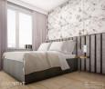 Sypialnia w stylu glamour z tapetą w kwiaty