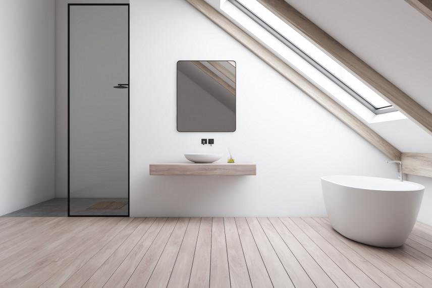 Nowoczesna łazienja z drewnianą podłogą