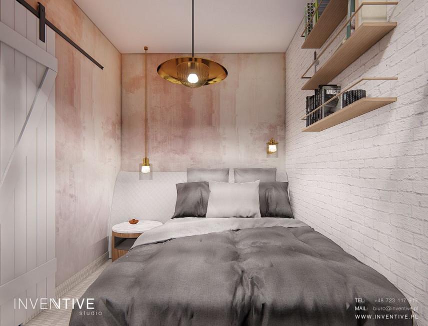 Stylowa sypialnia z białymi, drewnianymi drzwiami przesuwanymi