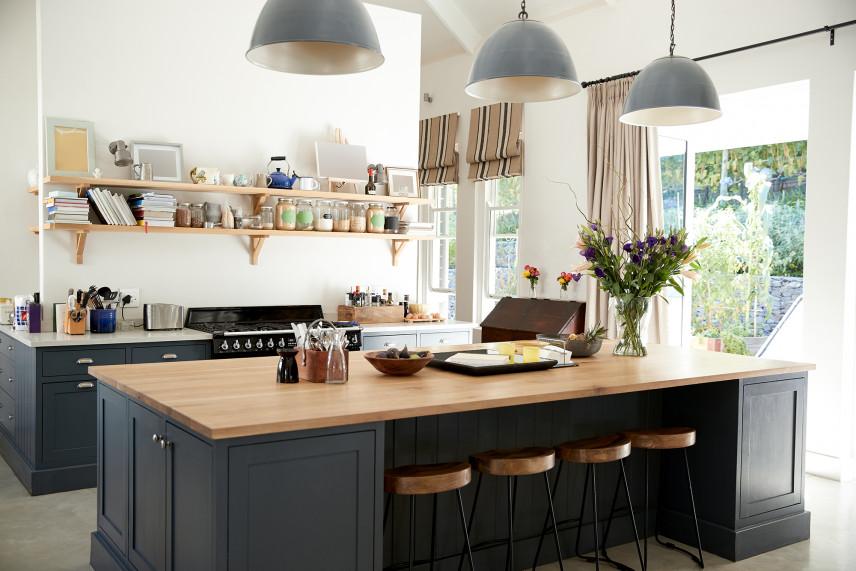 Projekt kuchni w czarnym kolorze
