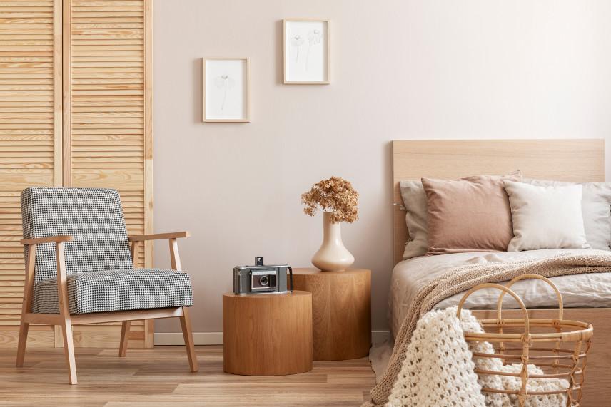 Drewniana sypialnia w stylu skandynawskim
