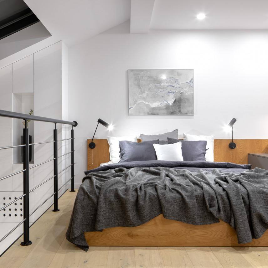 Loftowa sypialnia na antresoli