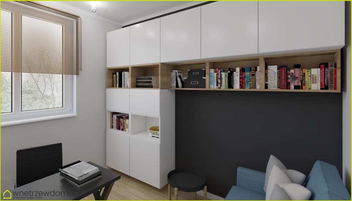 Pokój z biurkiem i białą biblioteczką