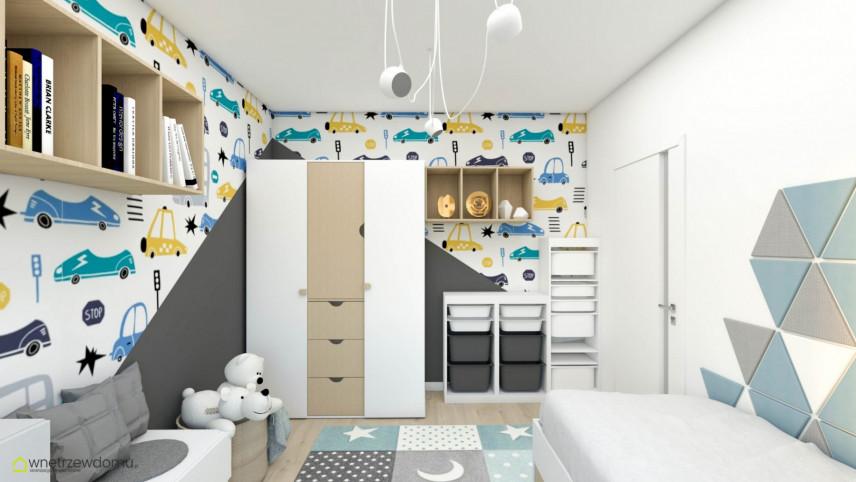 Pokój dla małego chłopca z tapetą w auta na ścianie