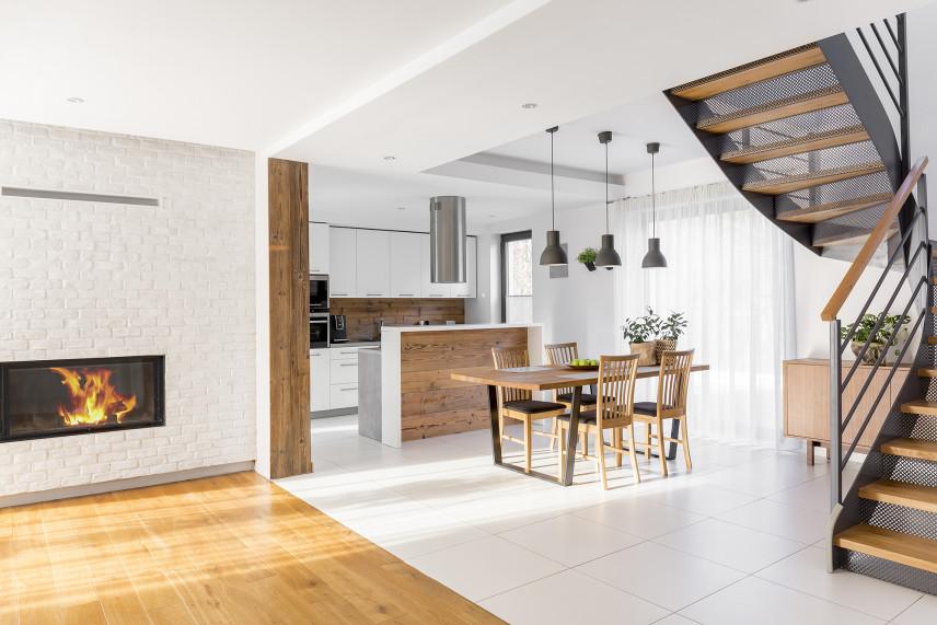 Schody w mieszkaniu w stylu skandynawskim
